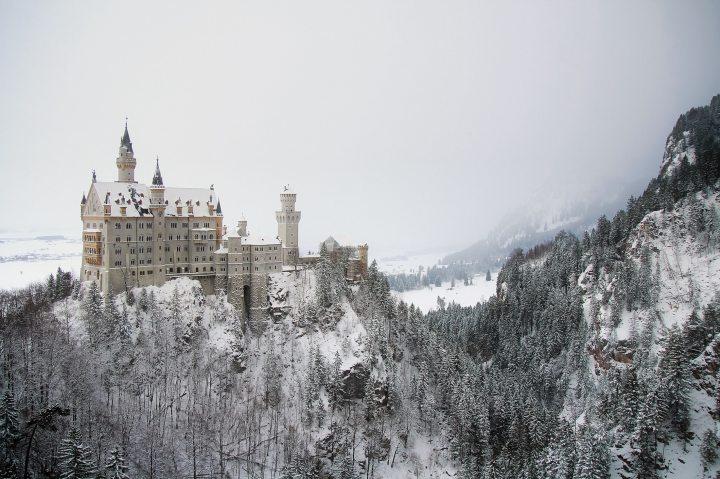 architecture-building-castle-301469 (2).jpg
