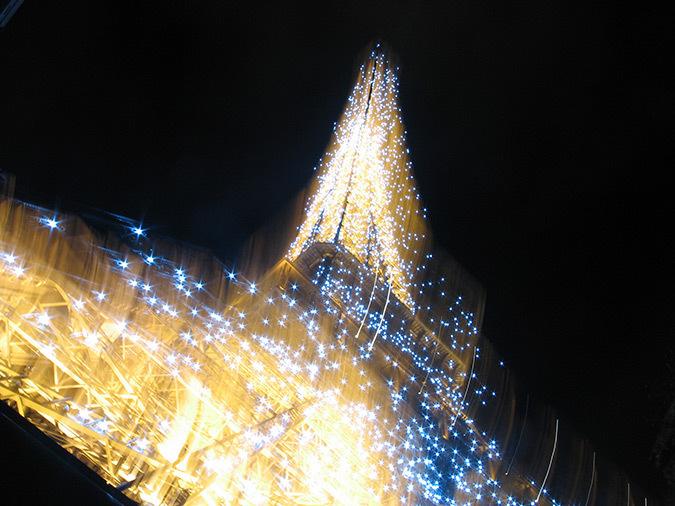 Tour-Eiffel-Paris-France-Scintillement-nuit-Conception-lumiere-Pierre-Bideau-Photo-Catherine-Orsenne