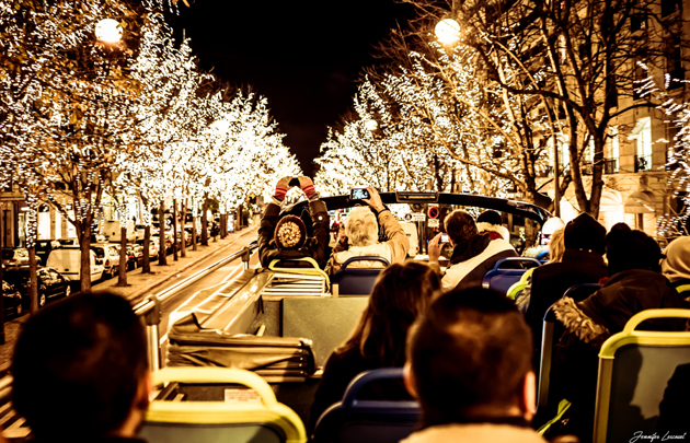 Tour-en-bus-panoramique-Open-Tour-illuminations-Noël-_-630x405-_-©-Open-Tour-Jennifer-Lescouet