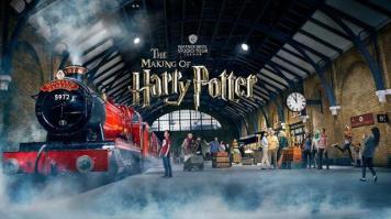 warner-bros-studio-tour-london-the-making-of-harry-potter-warner-bros-studio-tour-london-hogwarts-expressweb-8bda679e9fcb25322ddbae65bb6d49dc