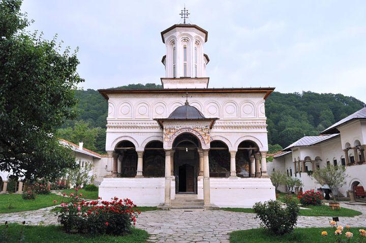 ManastireaHorezu.jpg