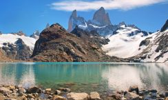 6mountain-landscape-with-mt-fitz-roy-and-laguna-de-los-tres-in-los-glaciares